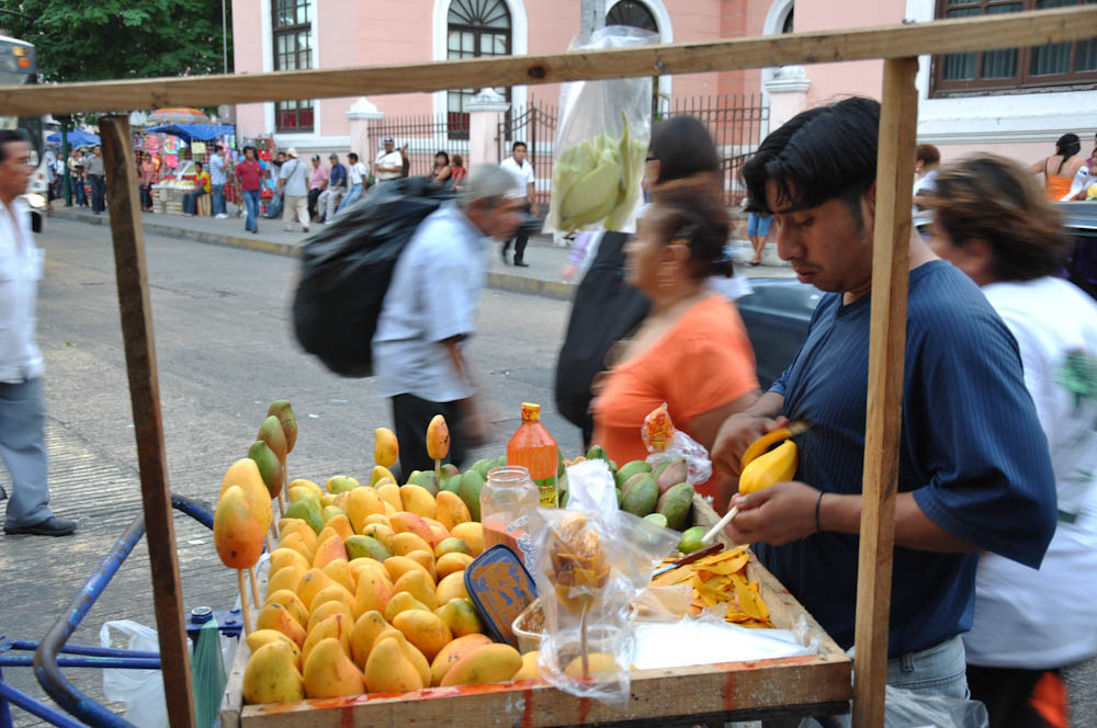 Mangoes vending cart
