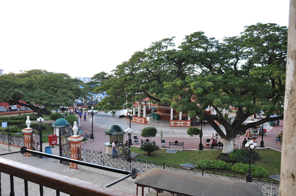View of Campeche's town square, from Restaurante Casa Vieja de la Arcada