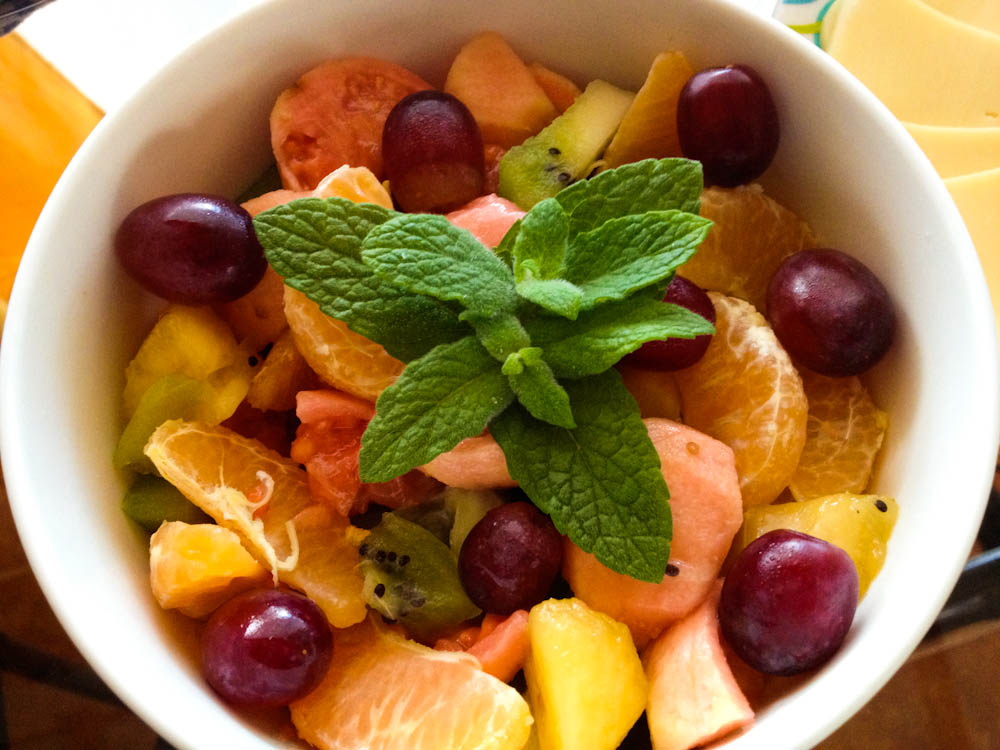 After the first day, I woke up dreaming with this fruit salad. I wasn't disappointed during the rest of our stay!