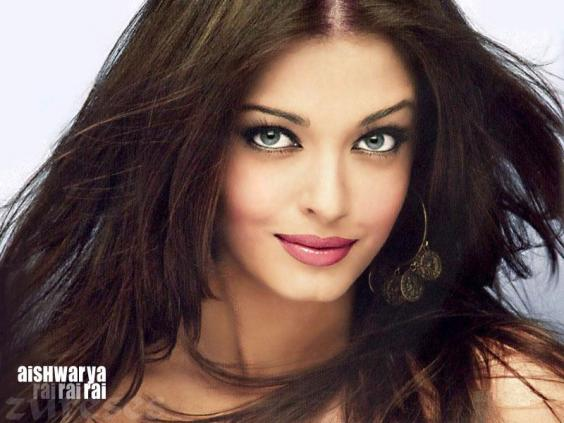 Aishwarya Rai was Miss World. Yes, there are beautiful Indian ladies, but obviously not all of them look like her!