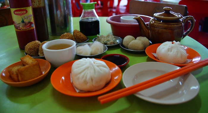 Dim Sum breakfast in Melaka, Malaysia (photo by Nomadic Samuel)