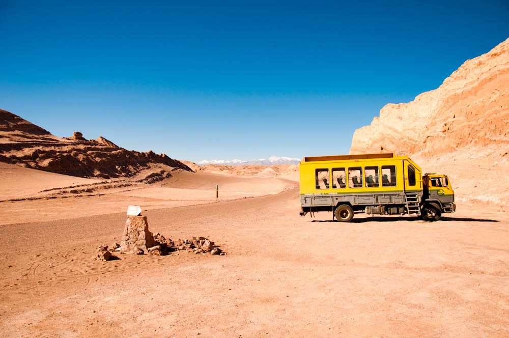 Grado 10 tour bus in the Atacama Desert, Chile