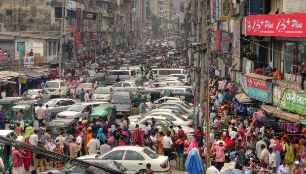 Dhaka traffic. Photo source & credits: http://bit.ly/9INJQT