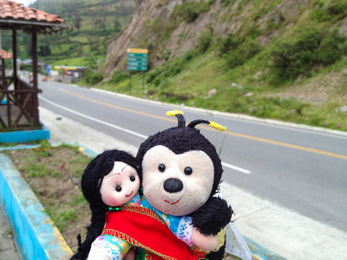 Bee and Abigail, on the way to Cuenca