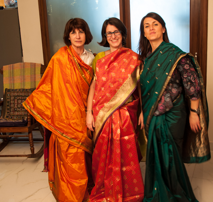 Quiroga ladies go Bollywood!
