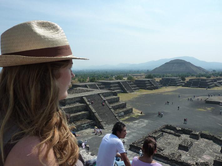Susannah in Teotihuacan